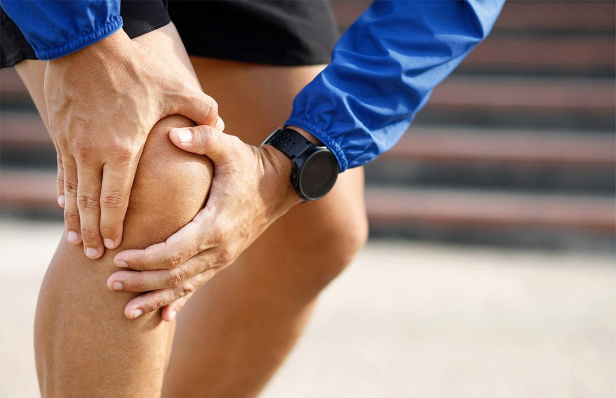 Valu liigeste ja dermatiidi valu Salveste taastamine liigestele