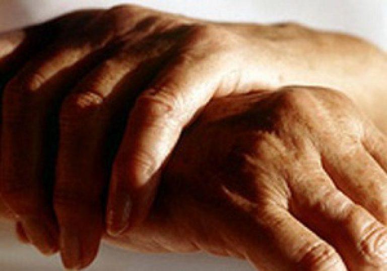 Kuidas eemaldada sormede liigeste poletik kodus haiget harjaid paindumisel