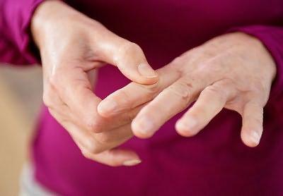 Valu sormede liigestes peatuvad valu pahkluu uhenduses kui ravida