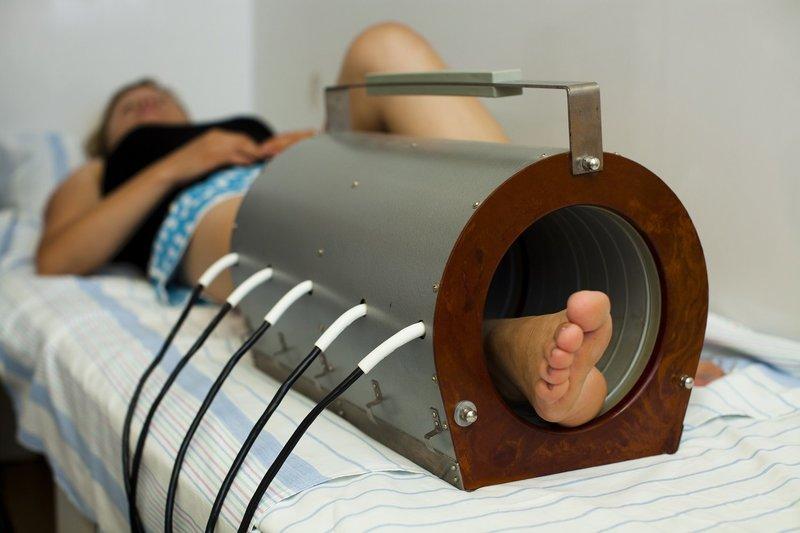 Liigeste magnetite ravi