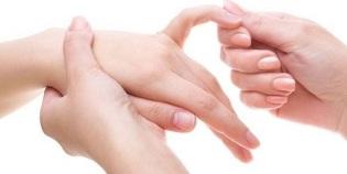 Jahutus mazi liigese nime Valutab uhist sormele kae peale paindumisel