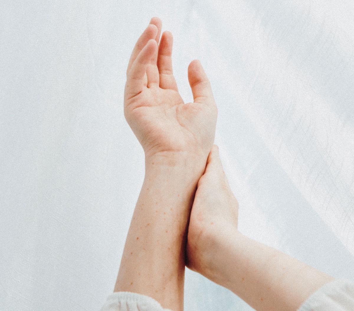 liigeste valu tottu on pikk